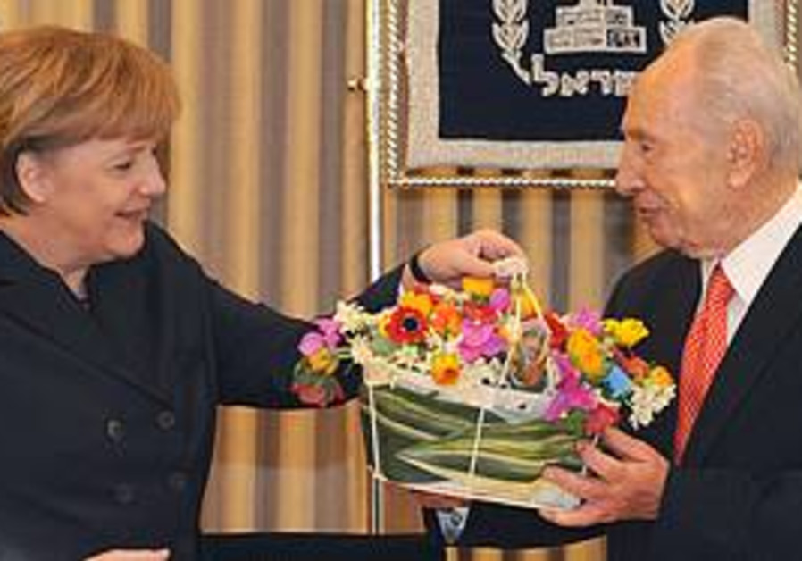 President Shimon Peres & Chancellor Angela Merkel