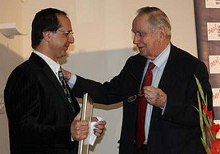 Khaled Abu Toameh and Zalman Shoval
