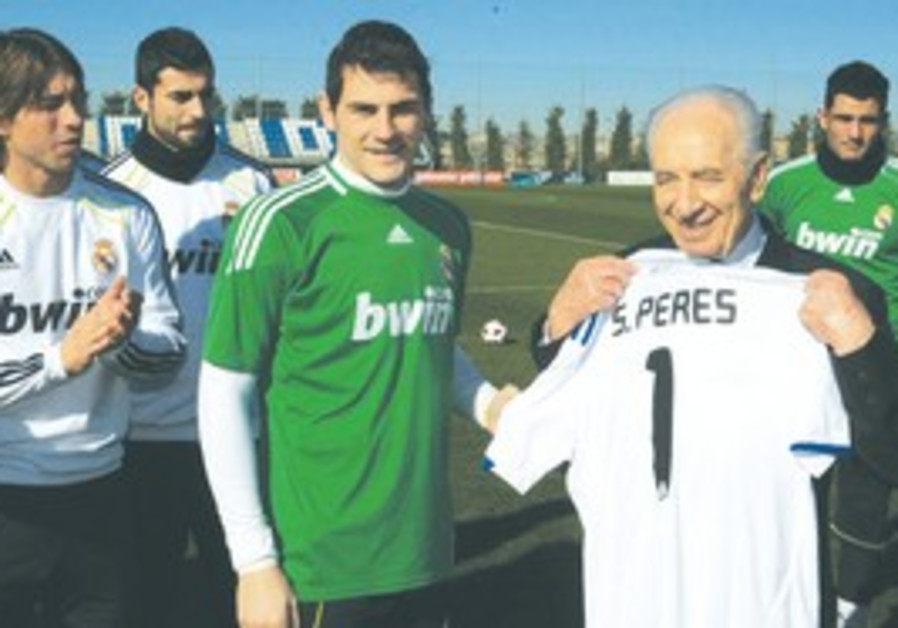 Real Madrid welcomes Shimonm Peres.