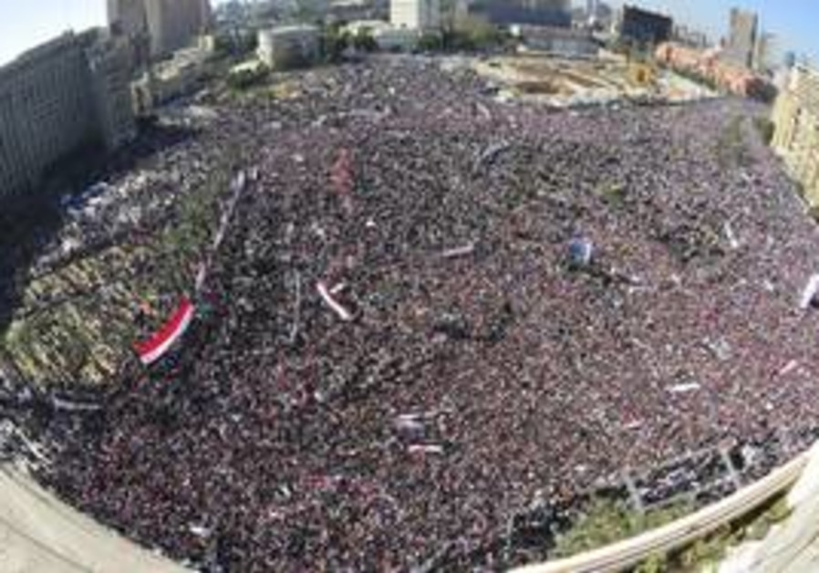 Tahrir packed with protesters