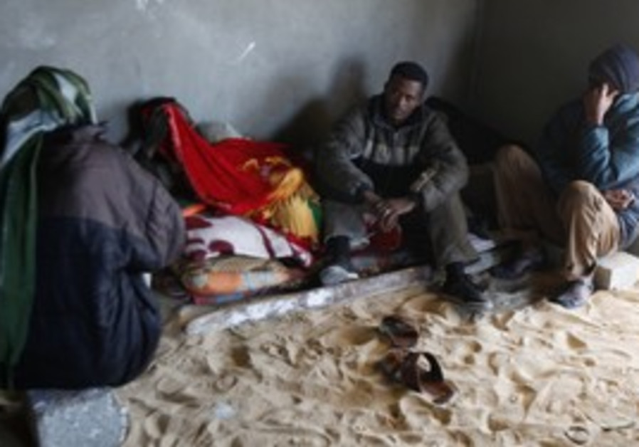 Eritrean migrants in Sinai waiting to be smuggled