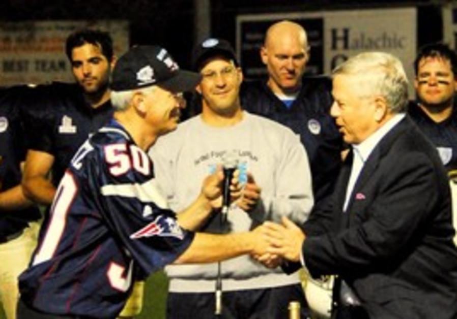 Robert Kraft (right) and Steve Leibowitz.