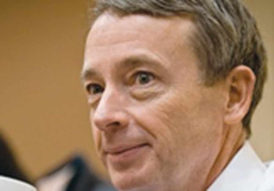Noble CEO Charles Davidson