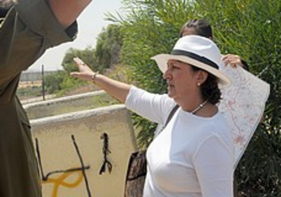 Delia Blanco Teran visits Sderot on Sunday
