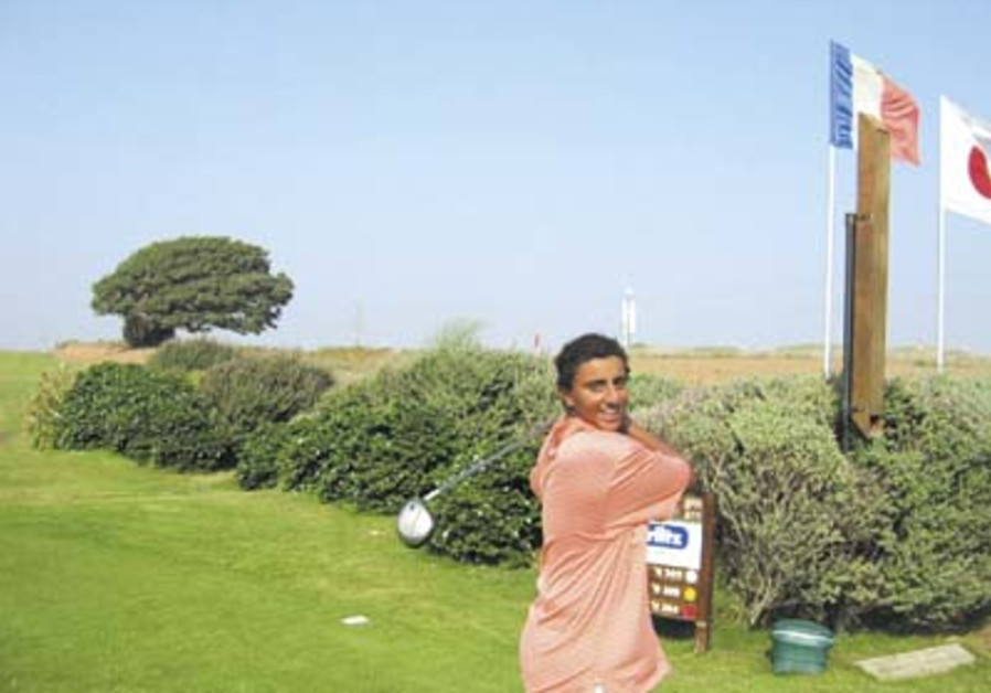 Golf: School boy wins 'B' Division at Ga'ash