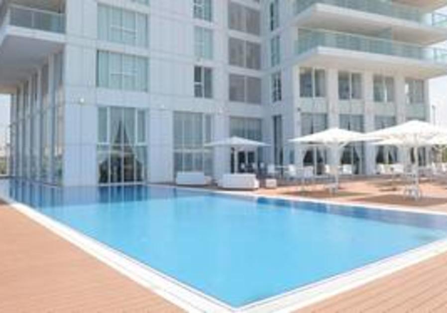 The Island Hotel, Netanya
