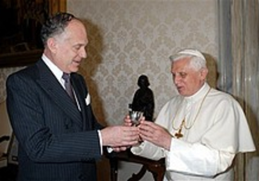 WJC chief meets with Pope Benedict XVI