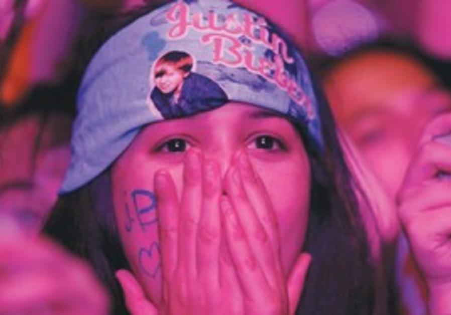 A Justin Bieber fan at Tel Aviv concert