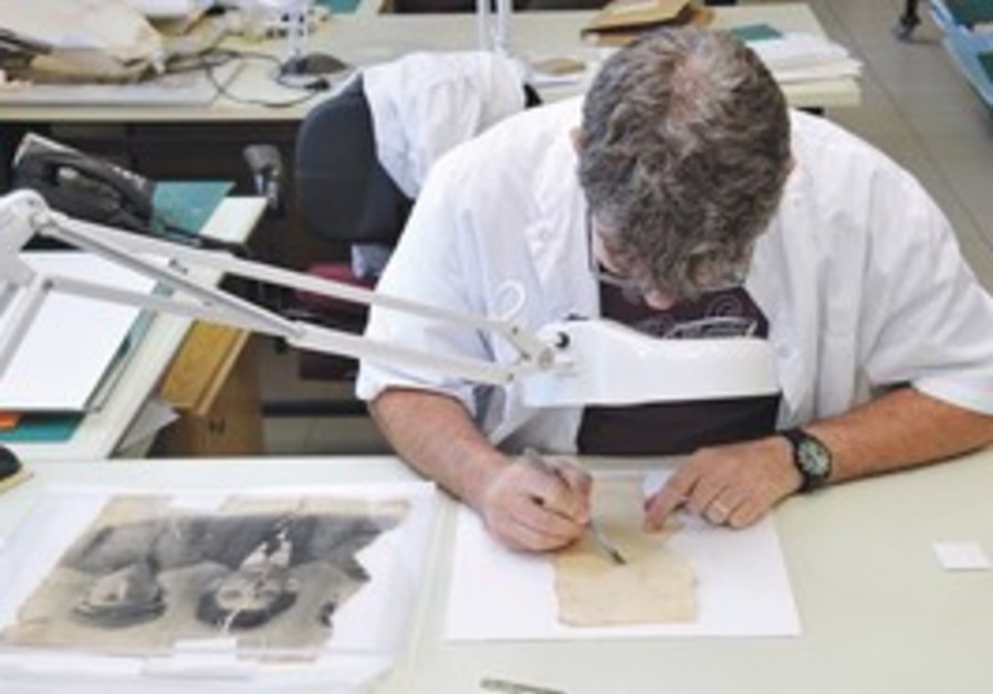 An expert preserves documents from the Holocaust.