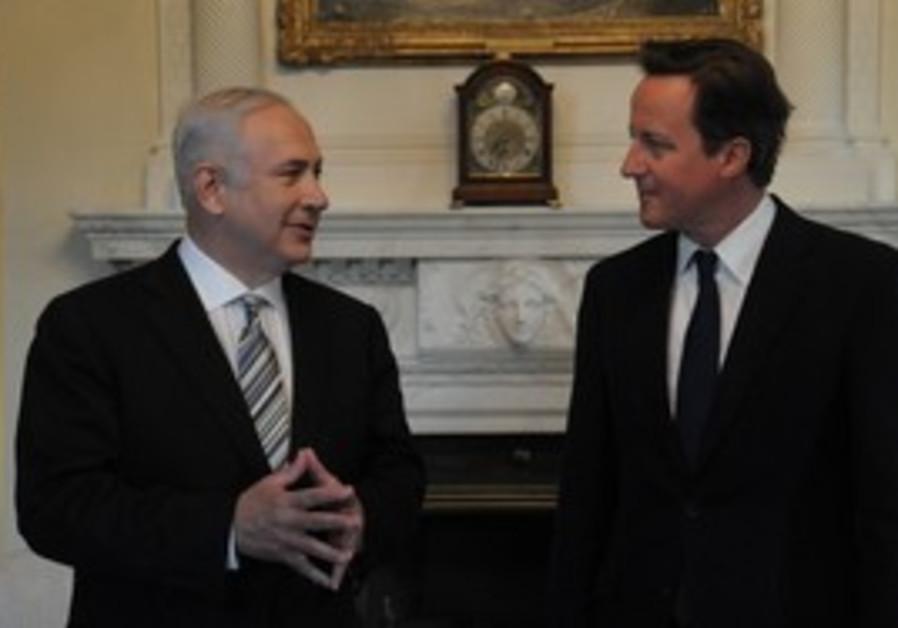 Netanyahu and Cameron in London, Wednesday.