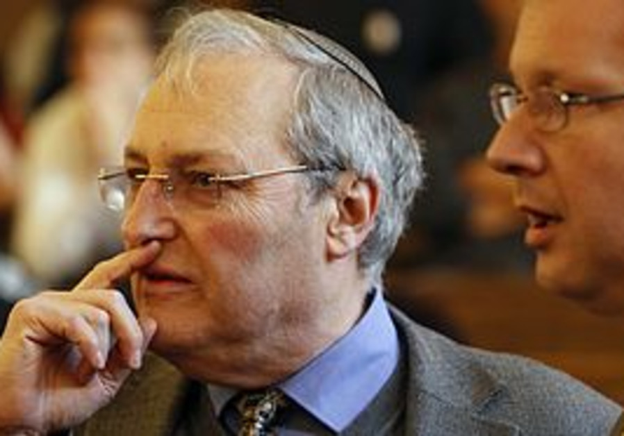 Nazi hunter Efraim Zuroff