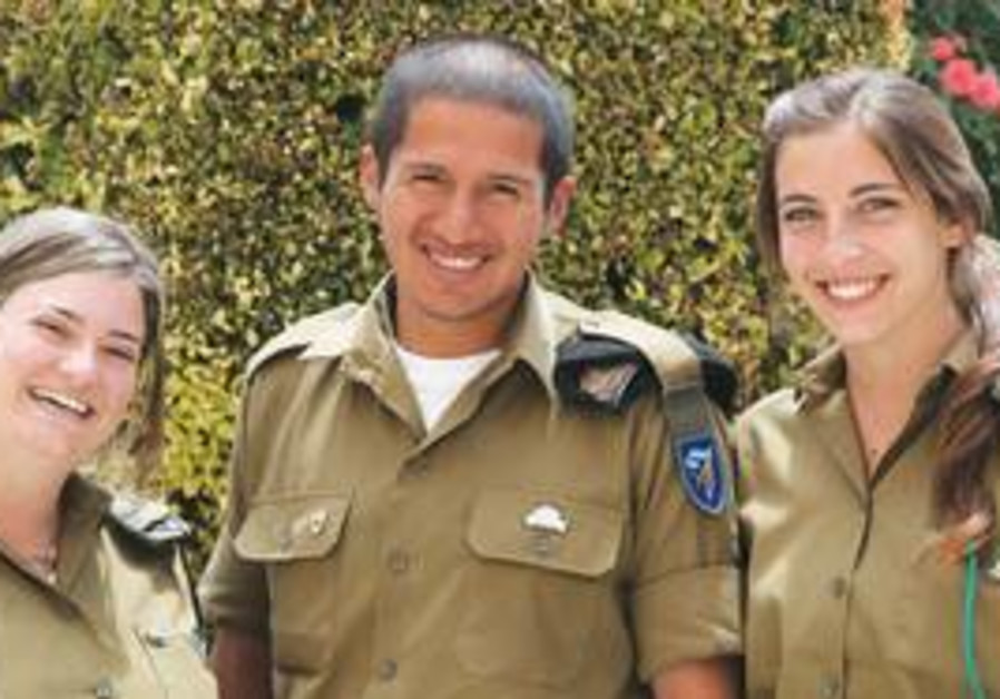 IDF Spanish speaking trio