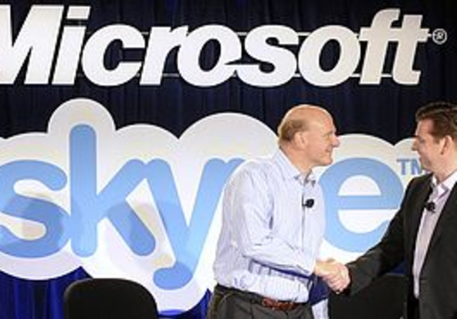 Microsof CEO Steve Ball and Skype CEO Tony Bates.