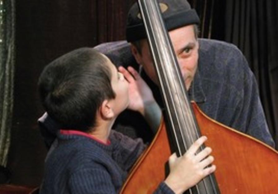 child prodigy pianist Ariel Lanyi