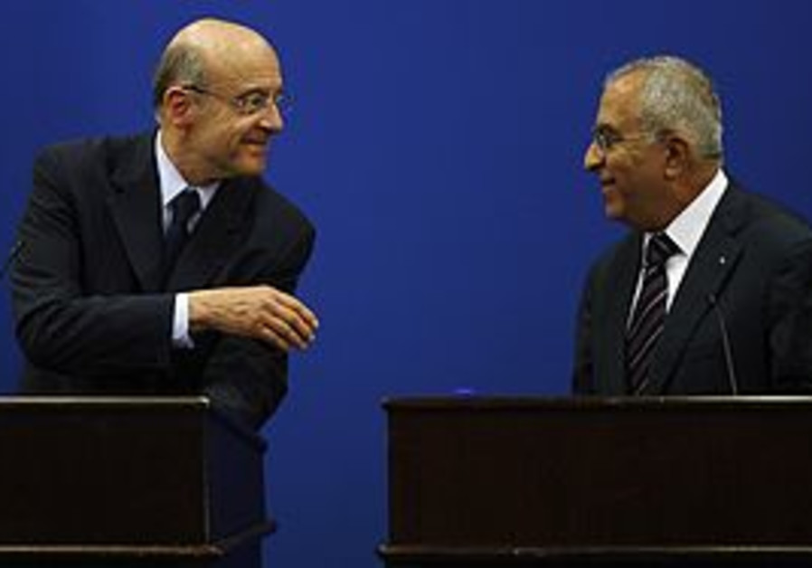 French FM Alain Juppe with PA PM Salam Fayyad