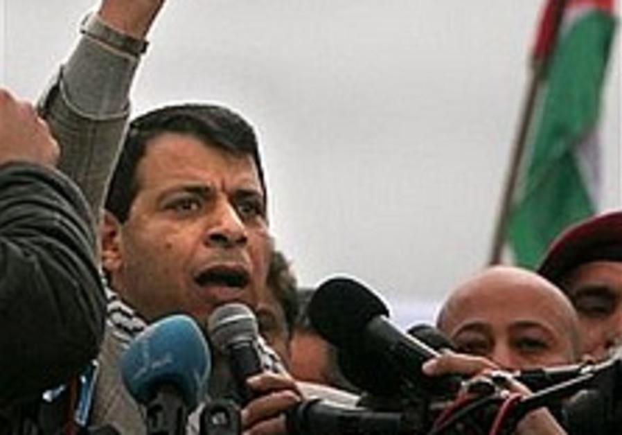 Abbas refuses to name Dahlan his deputy