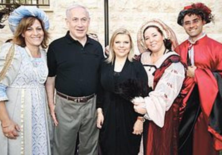PM Binyamin Netanyahu and wife, Sara in Safed