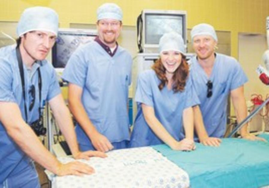 Lucas Neff, Sarah Drew, Kevin McKidd