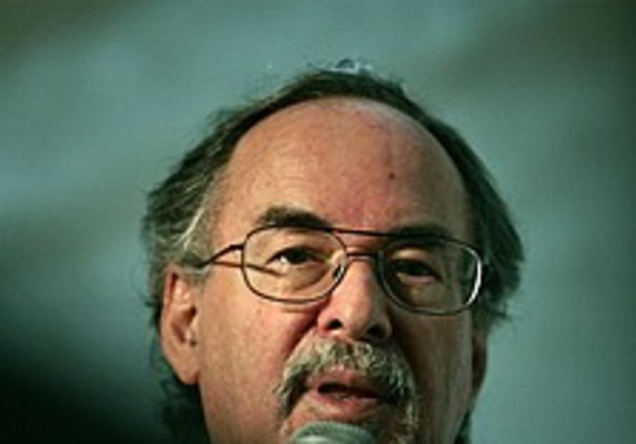 Jewish author causes stir at Columbia
