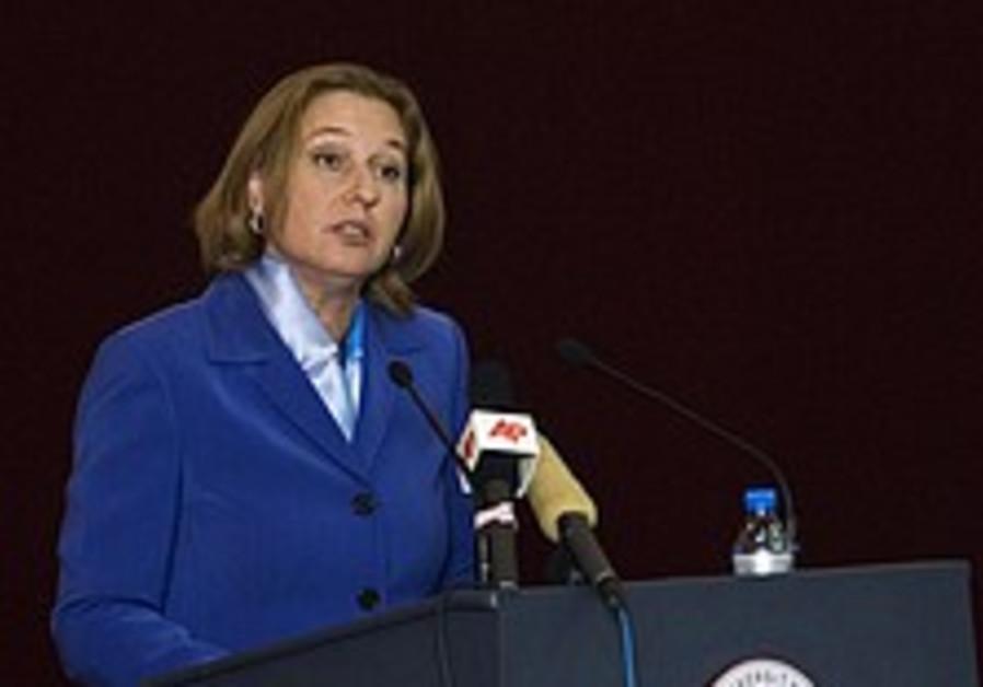 Livni pushes China to break with Iran