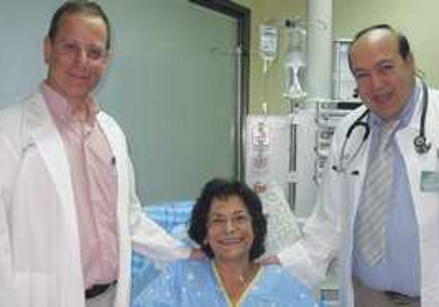 LUNG RECIPIENT Esther Shapira at hospital