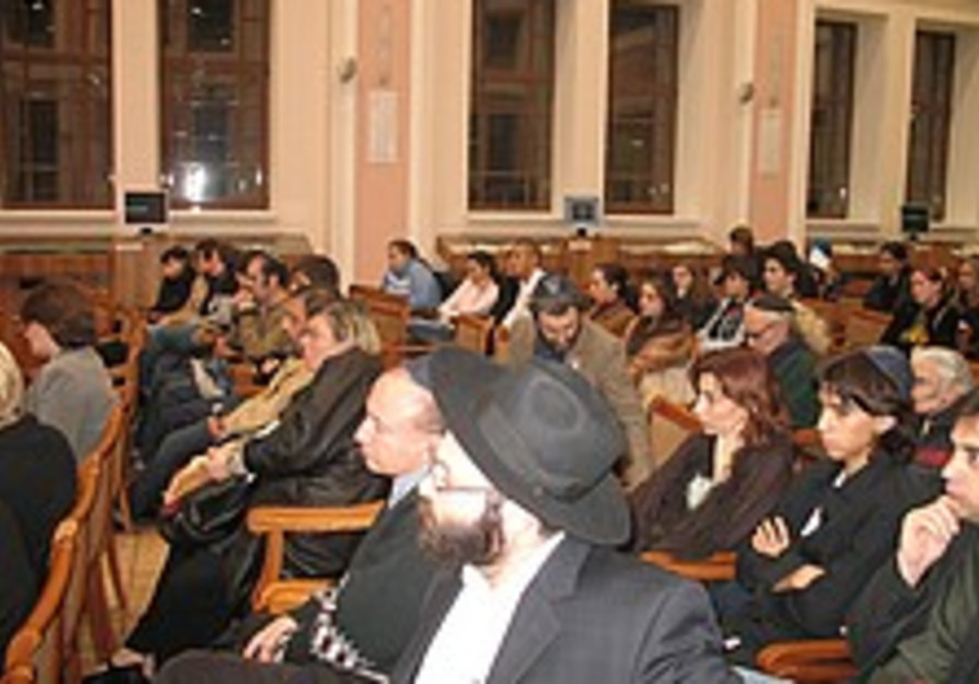 World Jewry rallies for kidnapped troops
