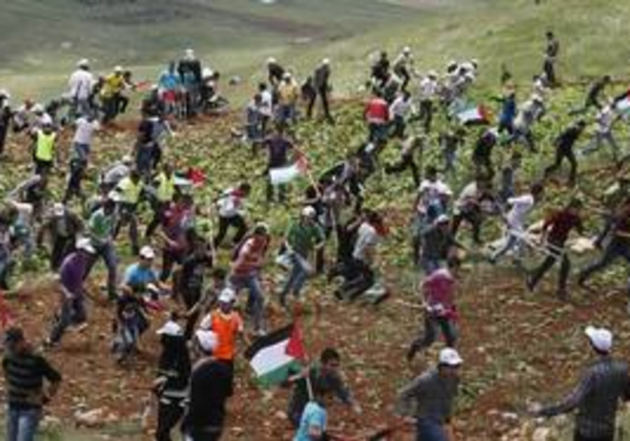 Nakba Day protesters on Lebanon border