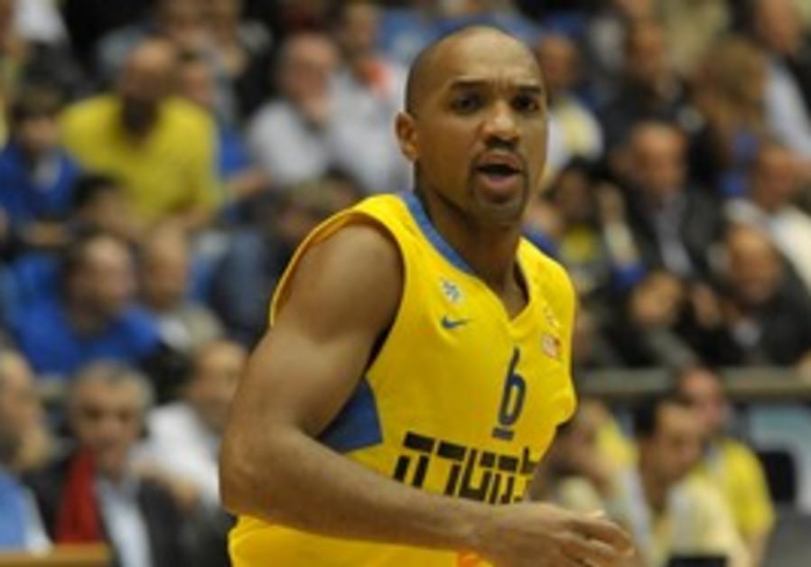 Maccabi Tel Aviv's Derrick Sharp