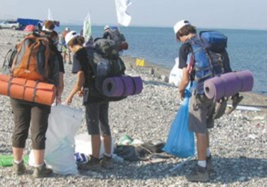 Teens set off for week-long trek around Kinneret.
