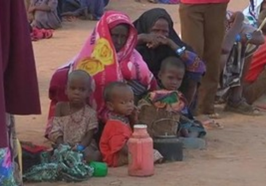 Somali refugees fast for Ramadan.