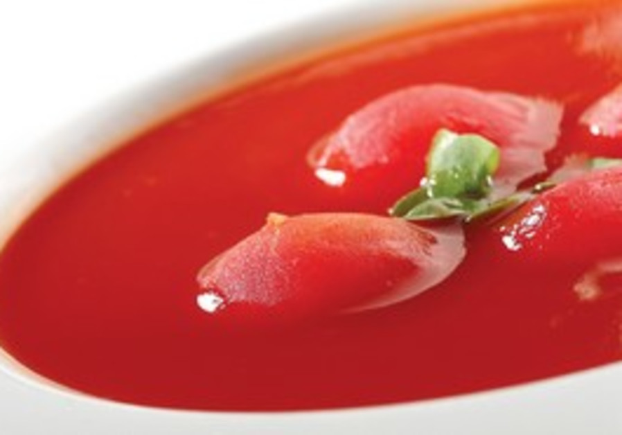 tomato soup (Dan Peretz)