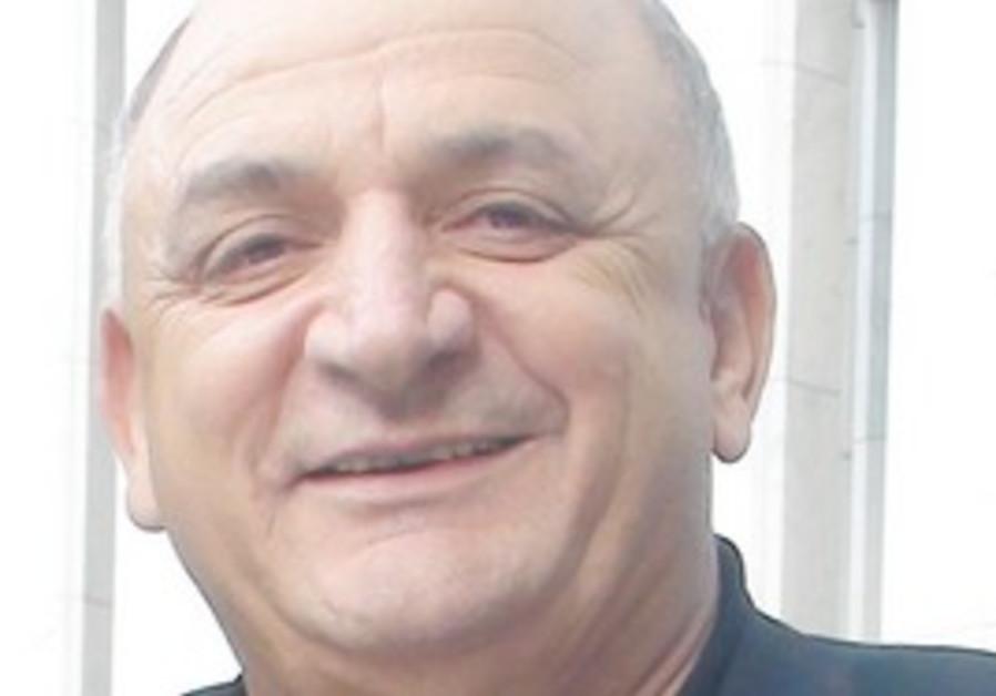 YITZHAK TSHUVA