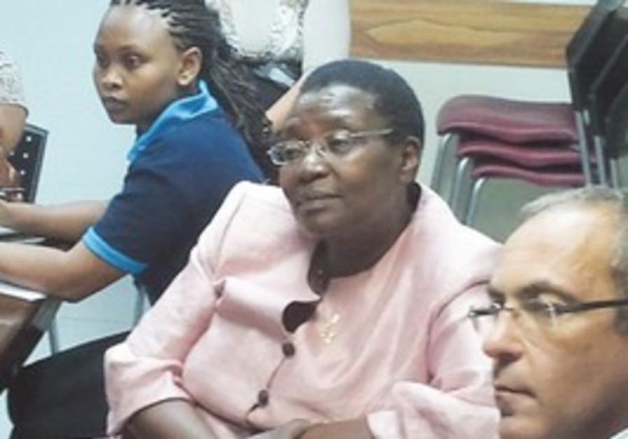 KENYAN OFFICIALS meet with TEREM representatives