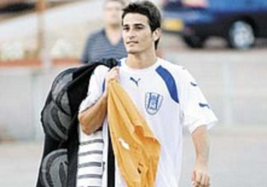 Sinai Says: Buzaglo's father could ruin his son's career