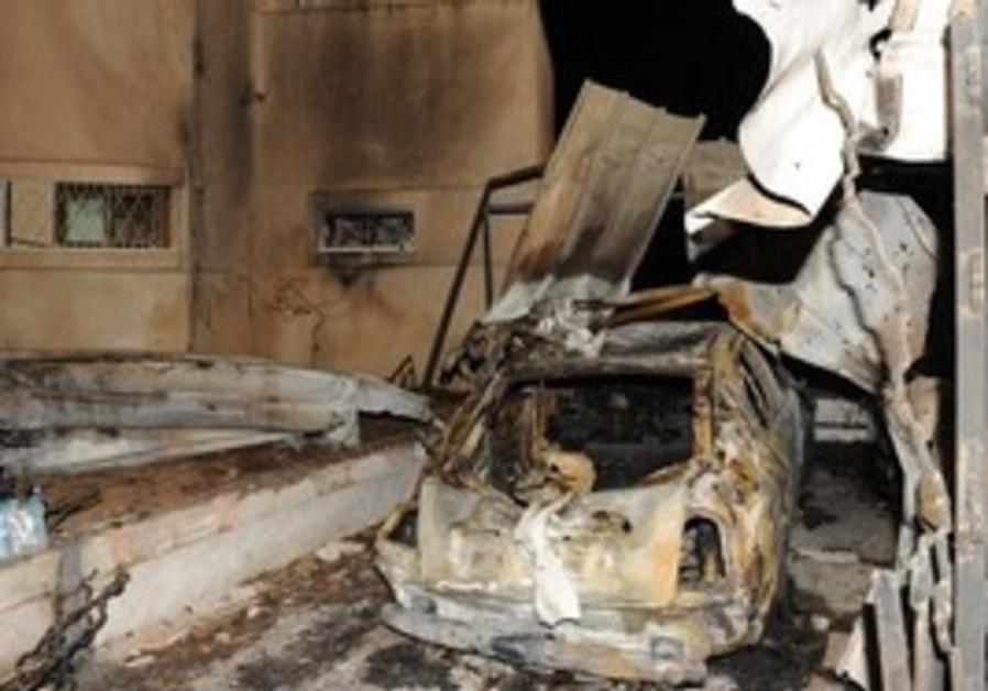 Car damaged by Grad rocket in Beersheba