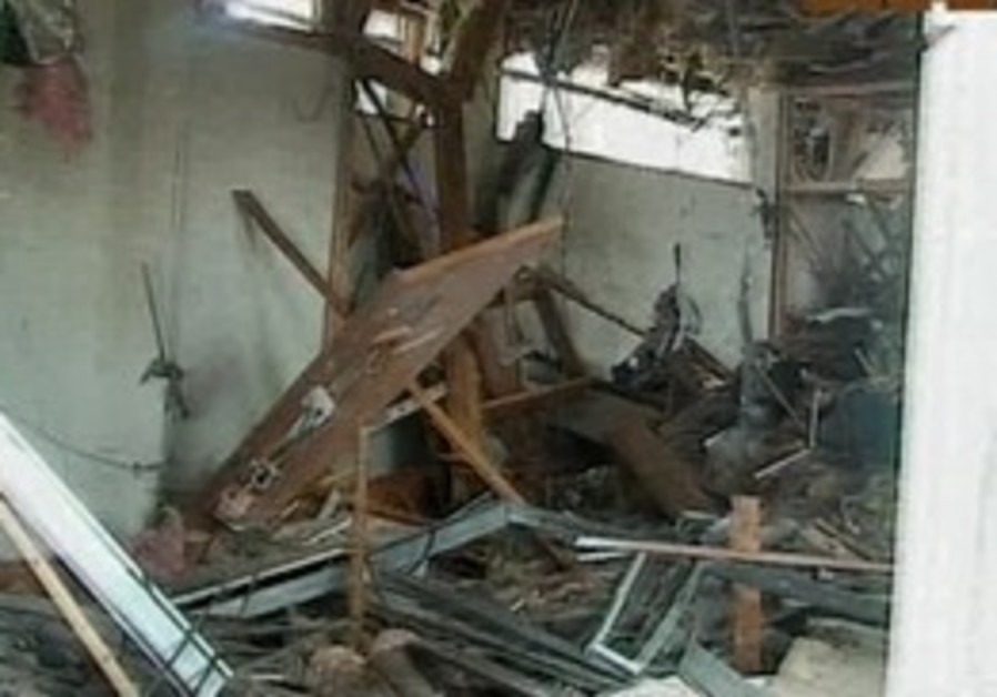 Damage to UN headquarters in Nigeria after bombing