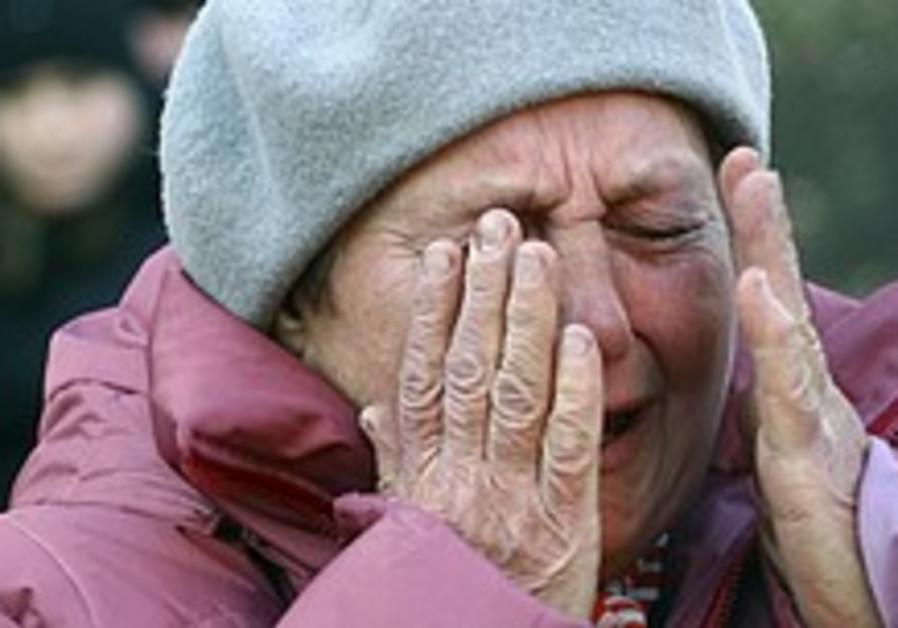 77 killed in mine explosion in eastern Ukraine