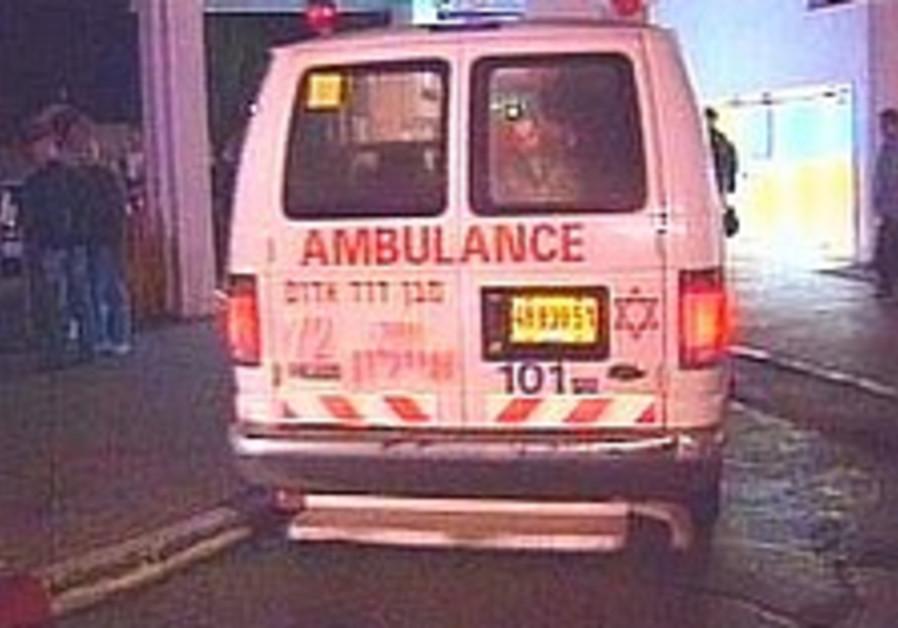 Police volunteer hurt in hit and run