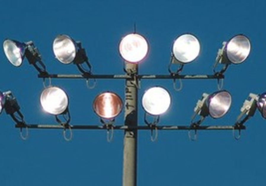 study nighttime led light increases risk of cancer health sci