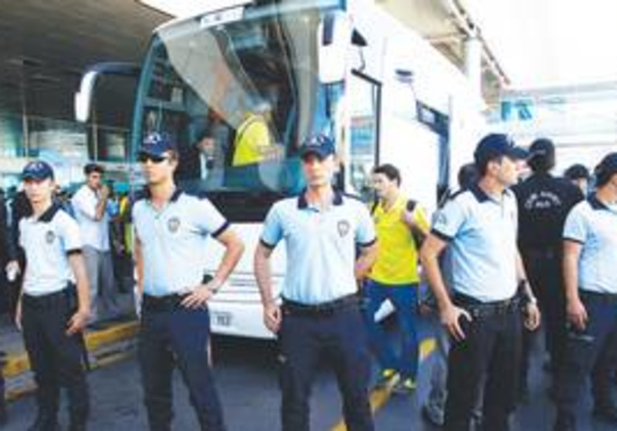 Maccabi Tel Aviv arrives in Turkey