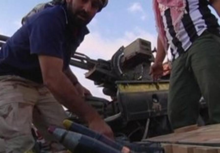 Anti-Gaddafi forces prepare for Sirte battle