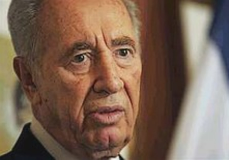 Peres says Israeli society is in 'bad shape'