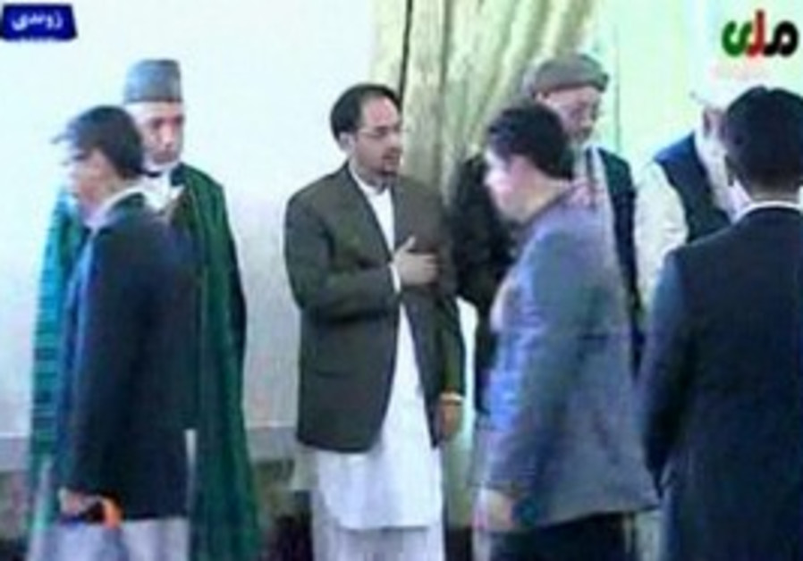 Hamid Karzai at funeral of Burhannudin Rabbani.