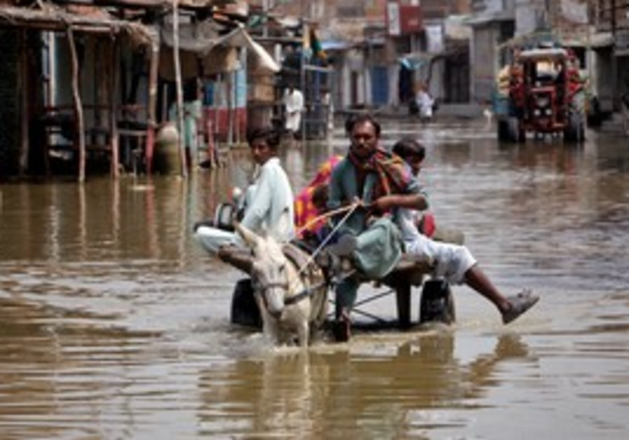 Monsoon flooding in Pakistan's Sindh province