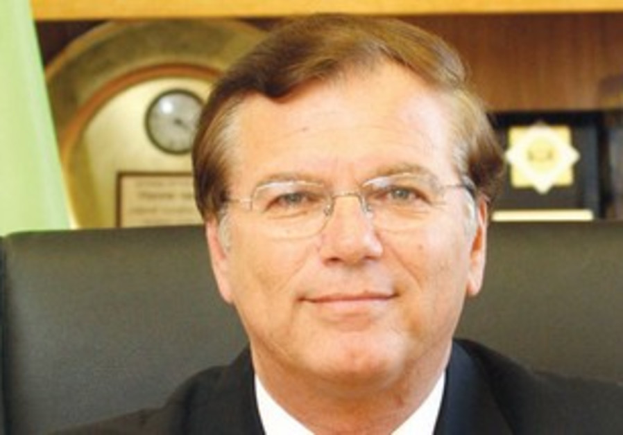 JNF chairman Effi Stenzler