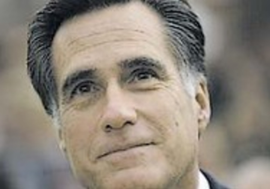 Republican candidate Romney preaches against secularism