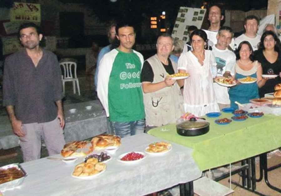 Rosh Hashana meal on Rothschild