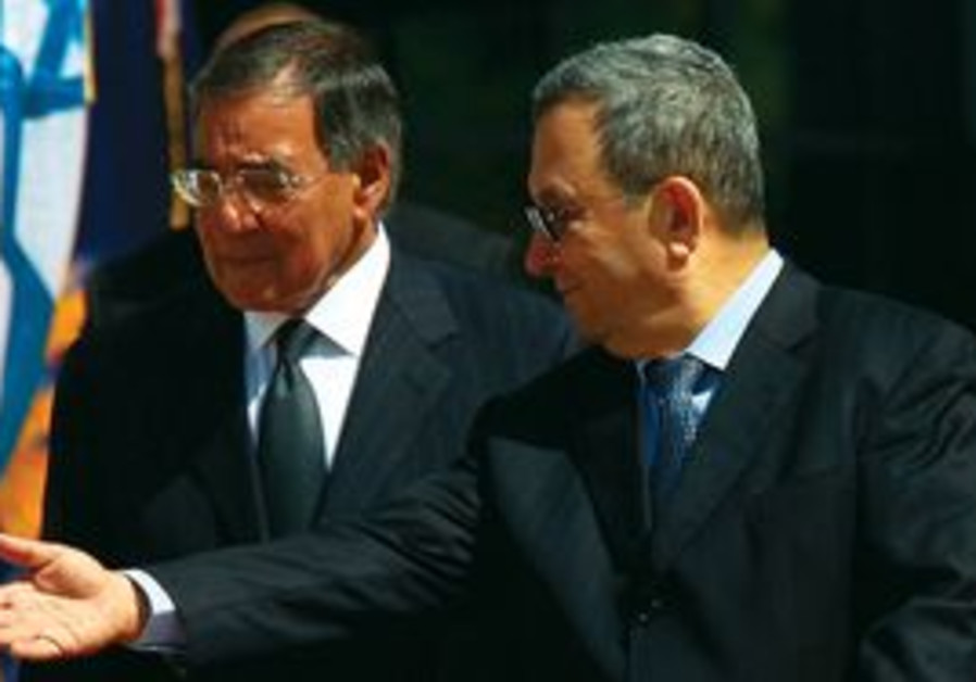 Ehud Barak and US Sec. of Def. Leon Panetta