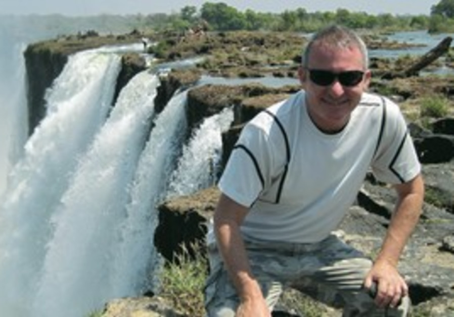 Linde on the Zambian side of the Victoria Falls