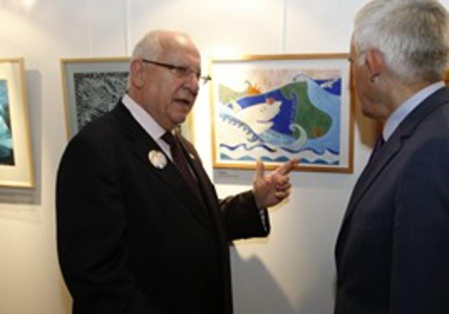 Rivlin dedicates Schalit exhibit in Europe
